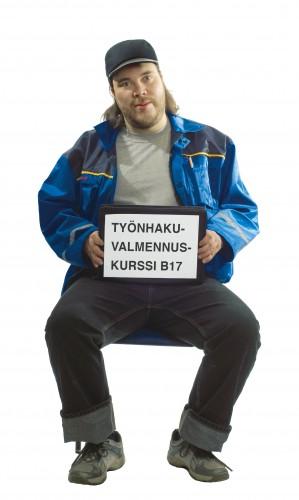 Heikki (Henry Räsänen) hakee lannistumattomasti töitä. Kuva: Pentti Sormunen